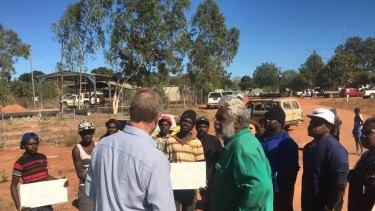 Indigenous Affairs Minister Nigel Scullion talks to Borroloola locals.