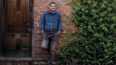 Victorian athor Steven Carroll has been shortlisted for the Melbourne Prize for Literature.
