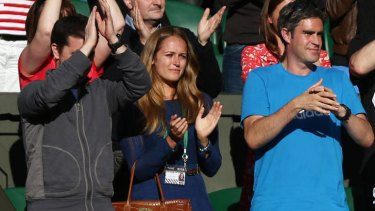 Long-term relationship ... Andy Murray's girlfriend Kim Sears, centre, is English.