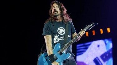 Dave Grohl is helping Australian Foo Fighters fan Ken Powell realise his wish.