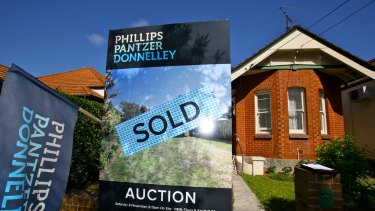 Booming property markets in Sydney and Melbourne continue to concern the RBA,