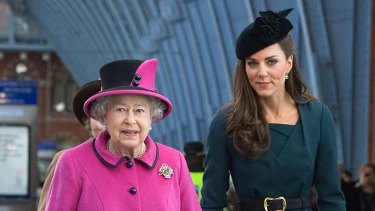 Diamond jubilee tour ...  the Queen and Catherine, Duchess of Cambridge.