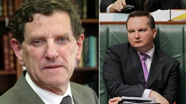 Chief Justice Robert French (left) has ordered that Immigration Minister Chris Bowen and his department be restrained from sending asylum seekers to Malaysia.