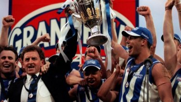 Denis Pagan with his North Melbourne premiership-winning team.