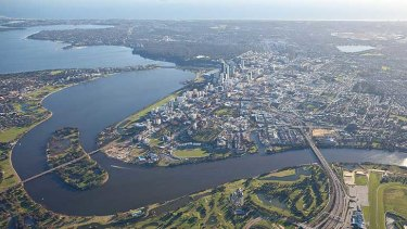 Swan River Trust staff highlighted a risk to public health from the sewerage leak in an email dated August 16, 2011.