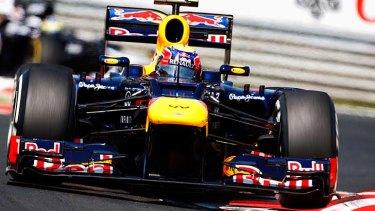 Mark Webber negotiates the Hungaroring circuit.