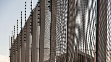 Dr Thom says ASIO and immigration officials could work on getting some asylum seekers out of indefinite detention.