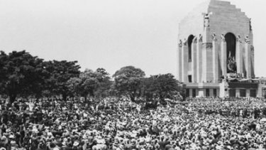 Crowd-drawer... the opening of the memorial 75 years ago attracted about 100, 000 people to Hyde Park.
