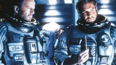 Bruce Willis and Will Patton in