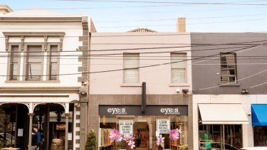 Investors were focused on a shop at 29 Toorak Road which sold for $400,000 over the reserve. The two-level building went for $2.56 million under the hammer on a tight 3.43 per cent yield.