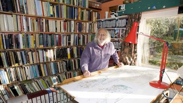 Oldbury-born archaeologist and broadcaster Mick Aston, who found fame with TV programme <i>Time Team</i>, has died aged 66