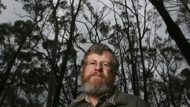 """The worst situation you can have'': Bushfire specialist and scientist Kevin Tolhurst describes the behaviour of the deadly February 7 fires."