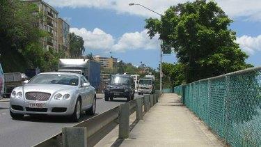 Traffic on Kingsford Smith Drive, Hamilton.