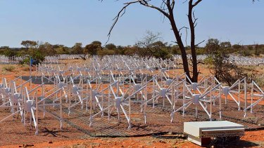 The Murchison Widefield Array radio telescope