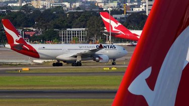 Heads of state visiting for CHOGM have been forced to make hasty travel changes because of the Qantas grounding.