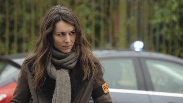 Marie Dompnier as detective Sandra Winckler in <i>Witnesses</i>.