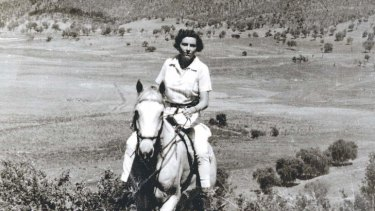 A marvellous life ... Elyne Mitchell and her Silver Brumby.