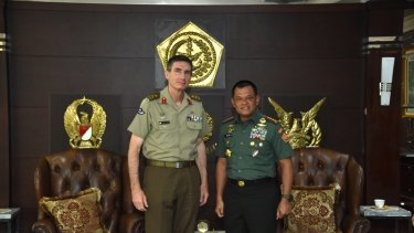 Australian Army Chief Angus Campbell apologises to Indonesian Military Commander General Gatot Nurmantyo in Jakarta.