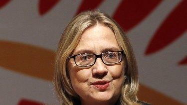 Au naturel ... Hillary Clinton in Bangladesh last week.