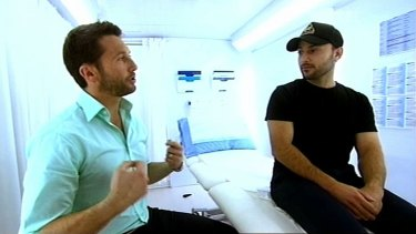 Dr Sam Hay speaks to Simon about his cysts on <i>Embarrassing Bodies Down Under</i>.