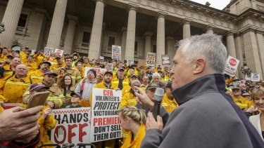 Prime Minister Malcolm Turnbull speaks to CFA volunteer and supporters at the rally.