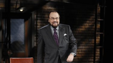 James Lipton hosts Bryan Cranston in Inside the Actor's Studio.