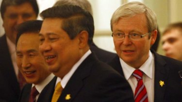 The then Australian prime minister Kevin Rudd meets with Indonesian President Susilo Bambang Yudhoyono in November 2009.