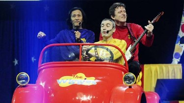 Christmas goodbyes ... the original Wiggles.