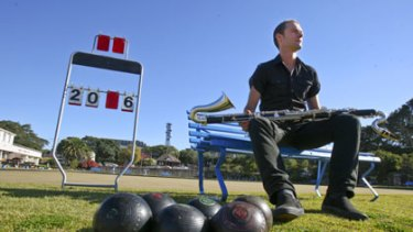 Live ... clarinettist Jason Noble and Ensemble Offspring play at Waverley Bowling Club today.