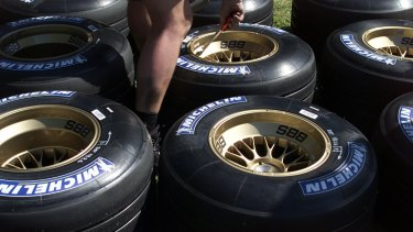 DIGICAM 11629 Grand Prix.Melbourne..  Day at the Grand prix.  Picture by Ray Kennedy,The Age .Sport.  Racing car tyres.  010303.001.017
