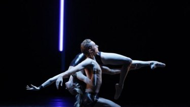 Mitchell Rayner and Ingrid Gow in Richard House's <i>Control</i>, part of The Australian Ballet's <i>Bodytorque.DNA</i> series of contemporary ballets.