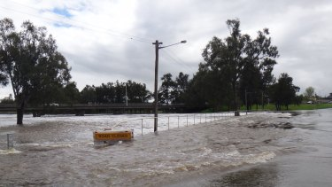 On Sunday, the SES warned of possible damage to Forbes' sewerage infrastructure, warning of a health hazard.