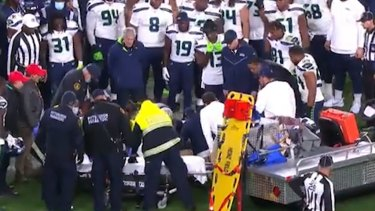 Darrell Taylor suffers a serious injury.
