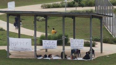 Plea for freedom ... Iraqi refugees on hunger strike on Christmas Island.