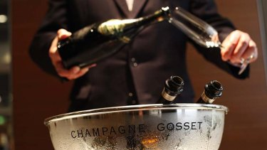 Champagne study: drink to good health.