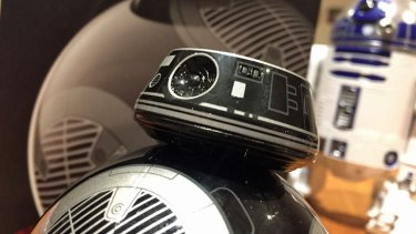 Despite his bad guy paint job and the shape of his head, BB-9E is identical to BB-8.