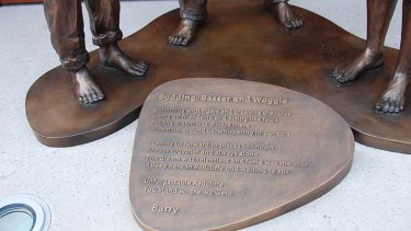 Barry Gibb was thrilled by the bare feet on the statue, saying it represented the boys' childhood.