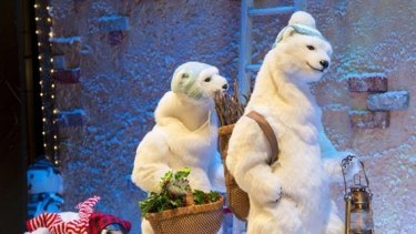 Myer window from Christmas 2014: Santa Claus and the Three Bears.