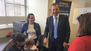 Tony Abbott meeting with 'no' campaigners in Hobart earlier on Thursday.