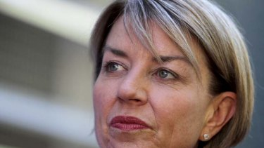 Comparisons are being drawn over the public's mistrust of the PM and ex-Queensland premier Anna Bligh.