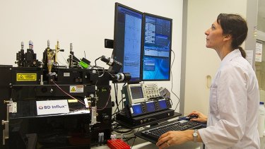 Dr Martina Doblin at work in her UTS lab with equipment she will take to sea.