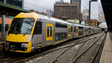 An opportunity to cut fares ... the O'Farrell government plans to start collecting more than half the fare required to commute to the airport on Sydney's privately owned airport line.