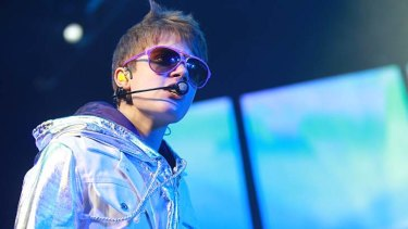 """Kinda lame"" ... Justin Bieber denies he's a brat."