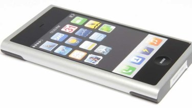 Another early iPhone prototype, this one resembling recent Nokia phones.