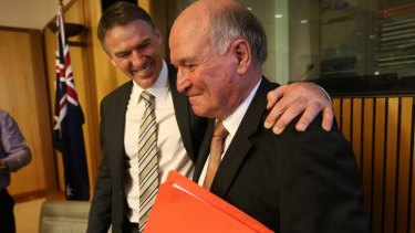 Independents Tony Windsor and Rob Oakeshott are retiring at the election, but signalled they are not supportoing Kevin Rudd.