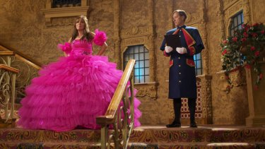 A box office big enough to match the dress ... <i> Kath & Kimderella</i> top the weekend charts.
