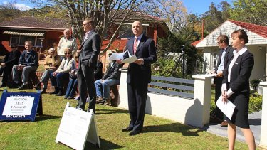 An auction in Beecroft, Sydney.