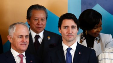 Would Australians swap prime ministers?  Malcolm Turnbull stands next to Canada's Prime Minister Justin Trudeau.