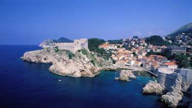 Another Australian has been injured jumping from a cliff in Dubrovnik, Croatia.