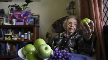 100-year-old Edna Spurway, the great granddaughter of  Granny Smith. <i>Picture: Kate Geraghty</i>